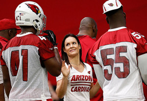 GLENDALE, AZ - AUGUST 02:  Intern linebacker coach Jen Welter of the Arizona Cardinals works with linebacker Gabe Martin #41 during the team training camp at University of Phoenix Stadium on August 2, 2015 in Glendale, Arizona.  (Photo by Christian Petersen/Getty Images)