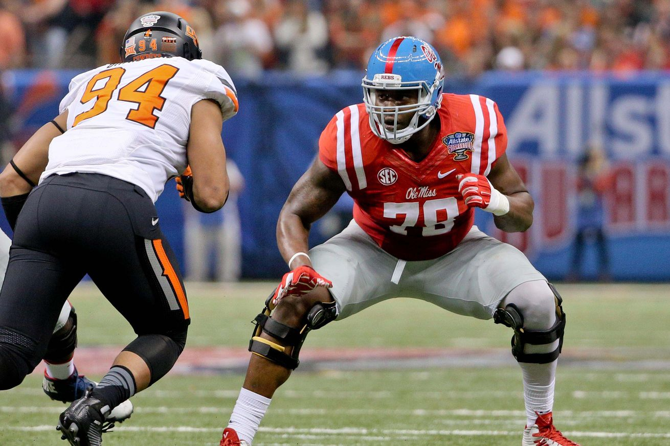 A Look at the Bears Draft Laremy Tunsil – Cleat Geeks