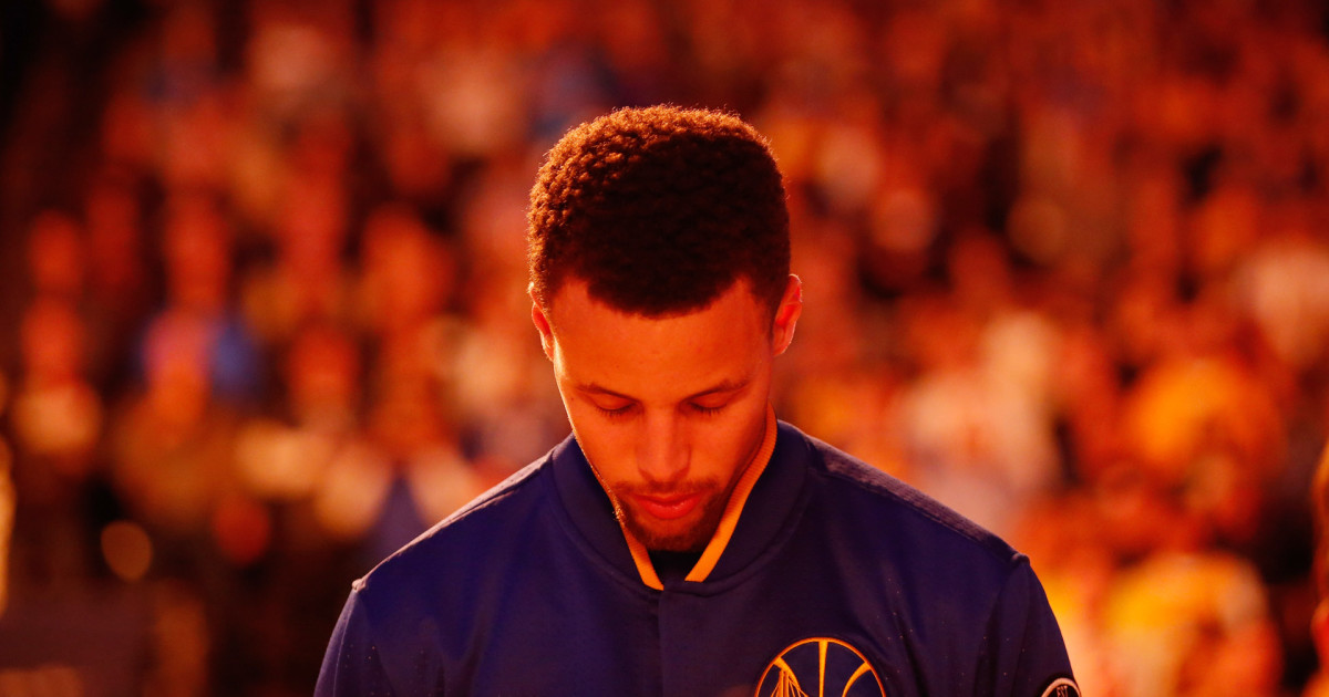StephCurryLightsGlow